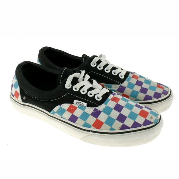 888b60ce06ca08 Off Off Poshmark The Wall Shoes Sneakers Checkered Vans 5gYwqRznxf